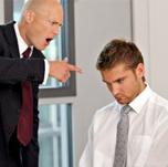 Сложности в отношениях с коллегами, партнерами по бизнесу или начальством